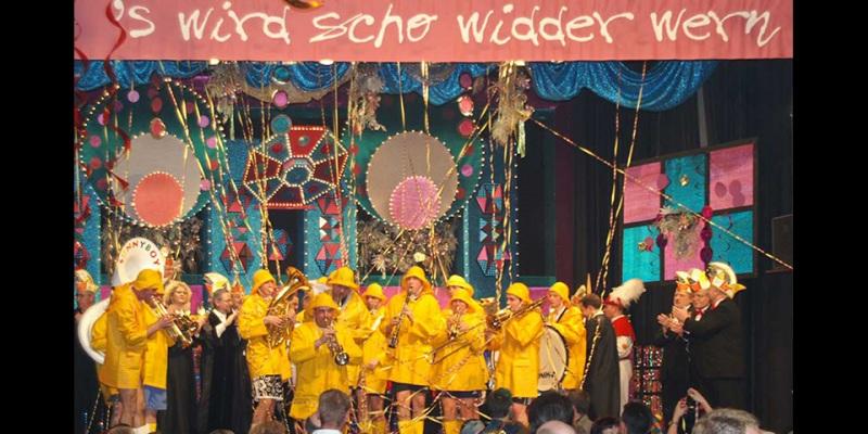 Schwarze11-Buehne-2005